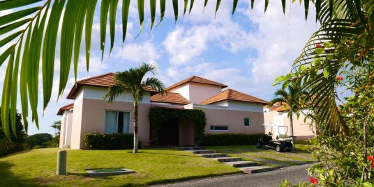 FOUR BEDROOM BEACH & GOLF VILLA