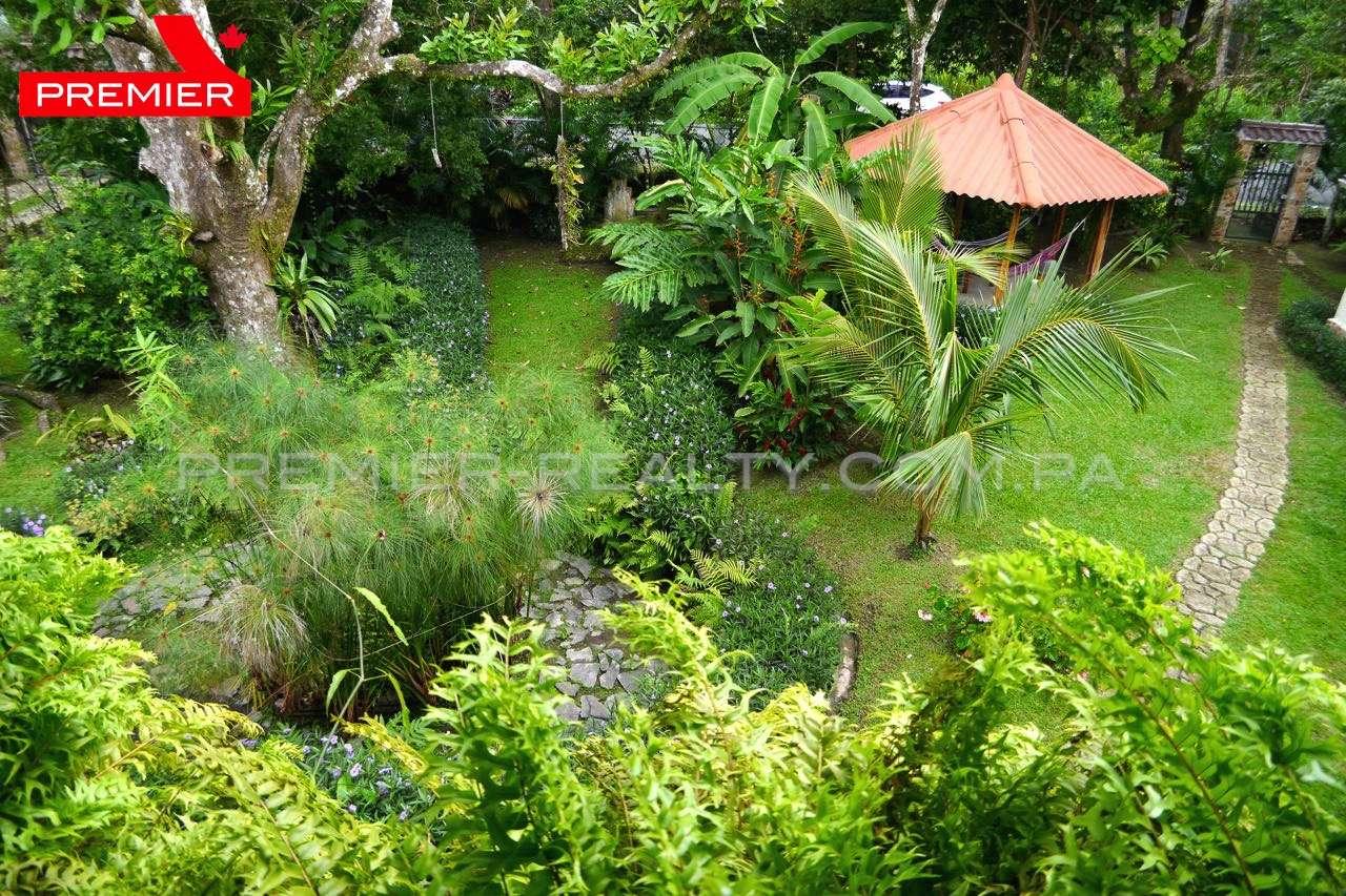 Maison et jardin de montagne premier realty panama for Maison et jardin