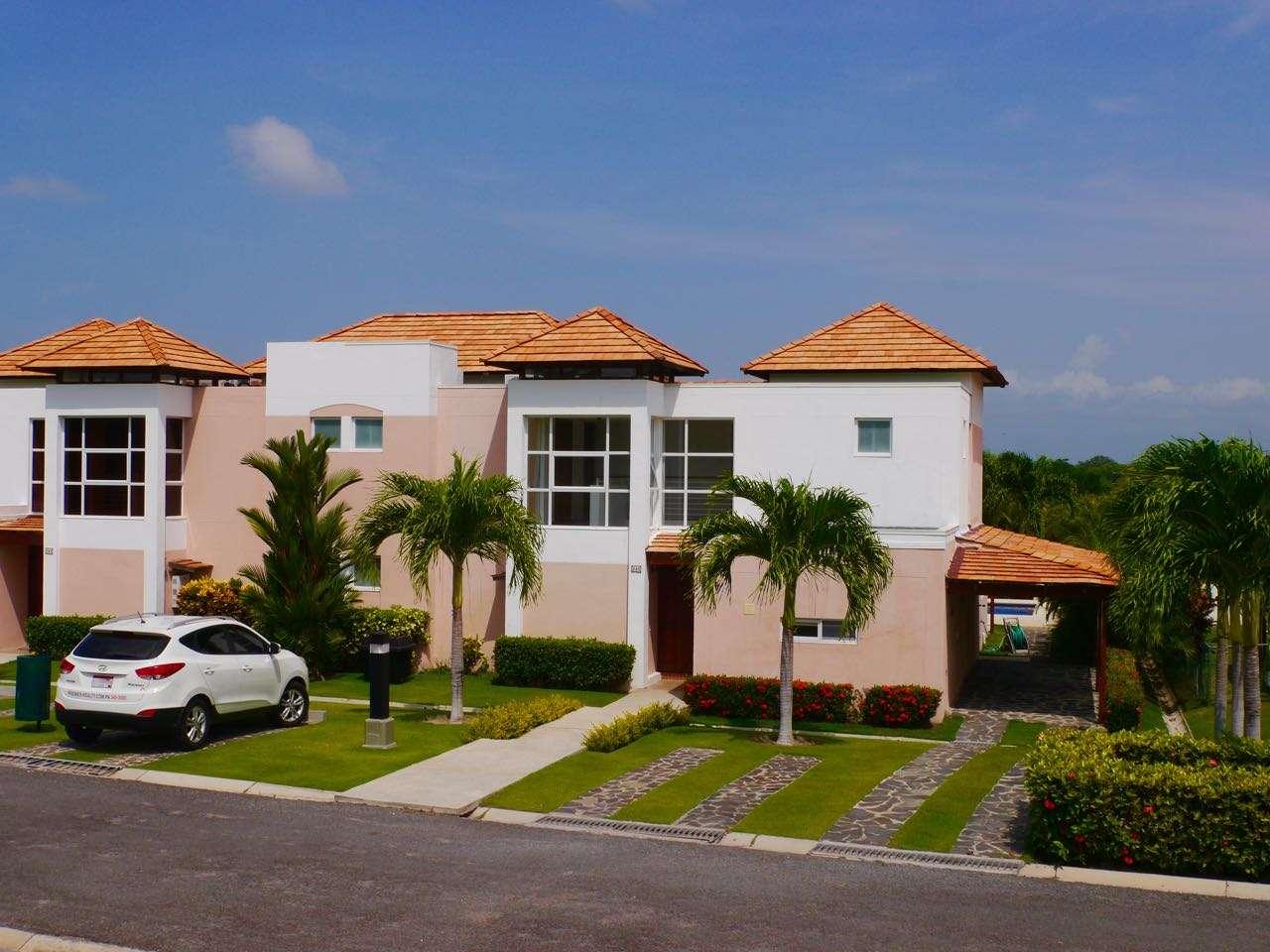 MODERN TOWNHOUSE IN COSTA BLANCA