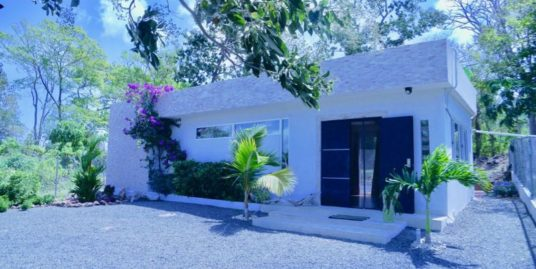 PUNTA CHAME 2 BEDROOMS MINIMALISTIC HOUSE