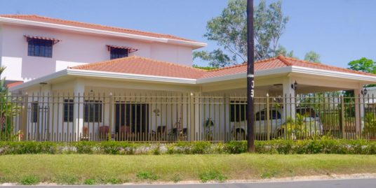 ELEGANT HOUSE IN CHITRE