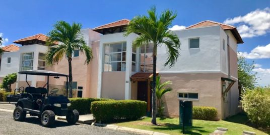 TOWNHOUSE CLOSE TO THE BEACH CLUB