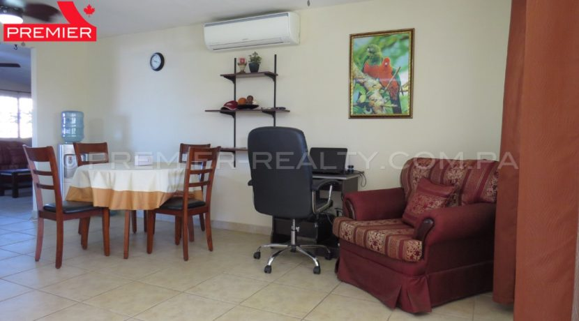 WM C1812-061- (8) Real Estate Panama
