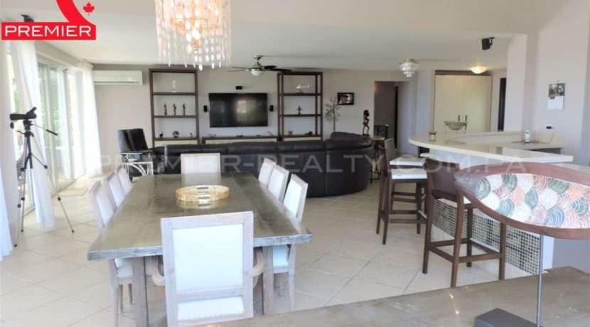 WM DSCN1056 Real Estate Panama