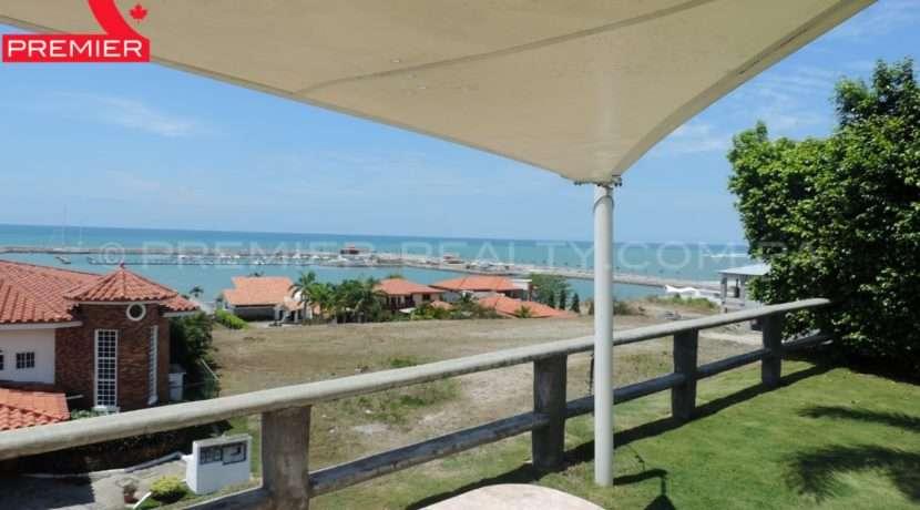 WM DSCN1118 Real Estate Panama