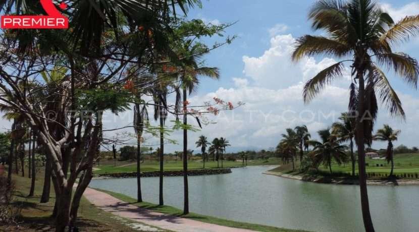 WM DSCN1145 Real Estate Panama