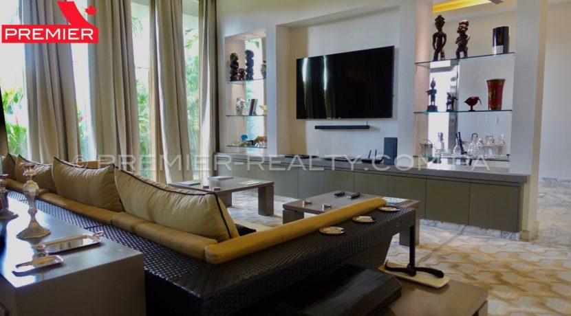 C1711-182 - 12 Real Estate Panama
