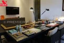 C1711-182 - 20 Real Estate Panama