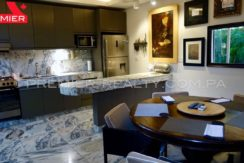 C1711-182 - 27 Real Estate Panama