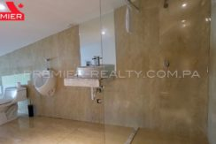 C1711-182 - 29 Real Estate Panama