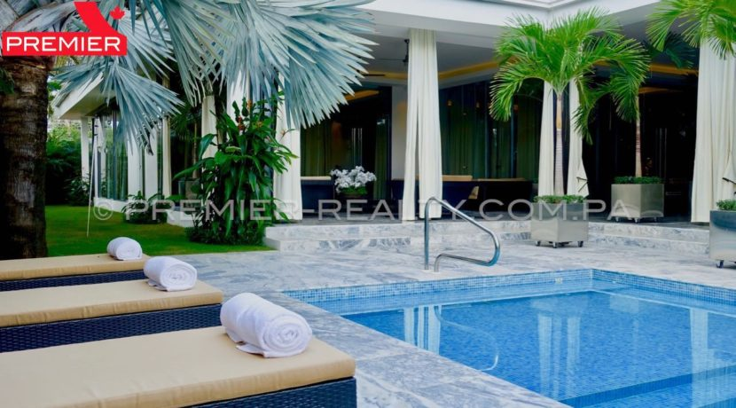 C1711-182 - 6 Real Estate Panama