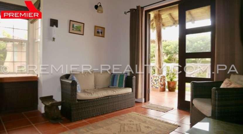 C1808-167 - 34 panama real estate