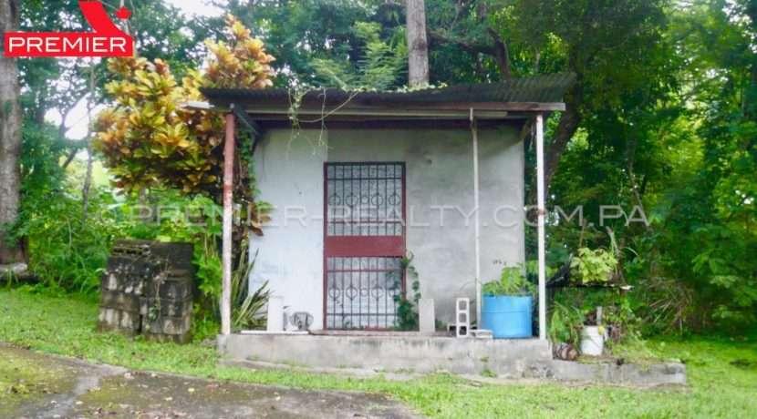 C1809-221 - 2 panama real estate