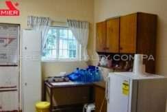 C1809-221 - 21 panama real estate