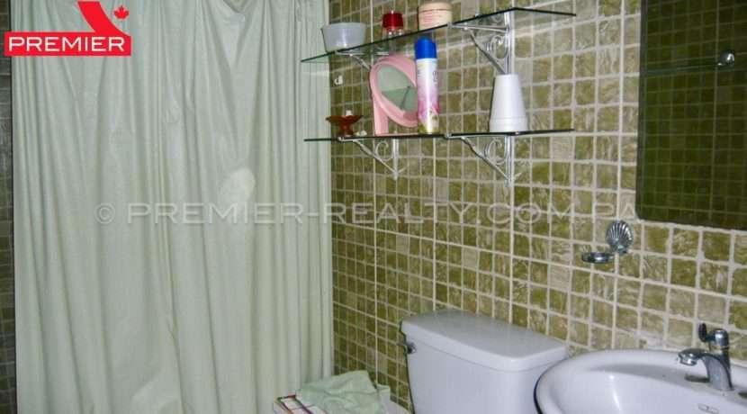C1809-221 - 28 panama real estate
