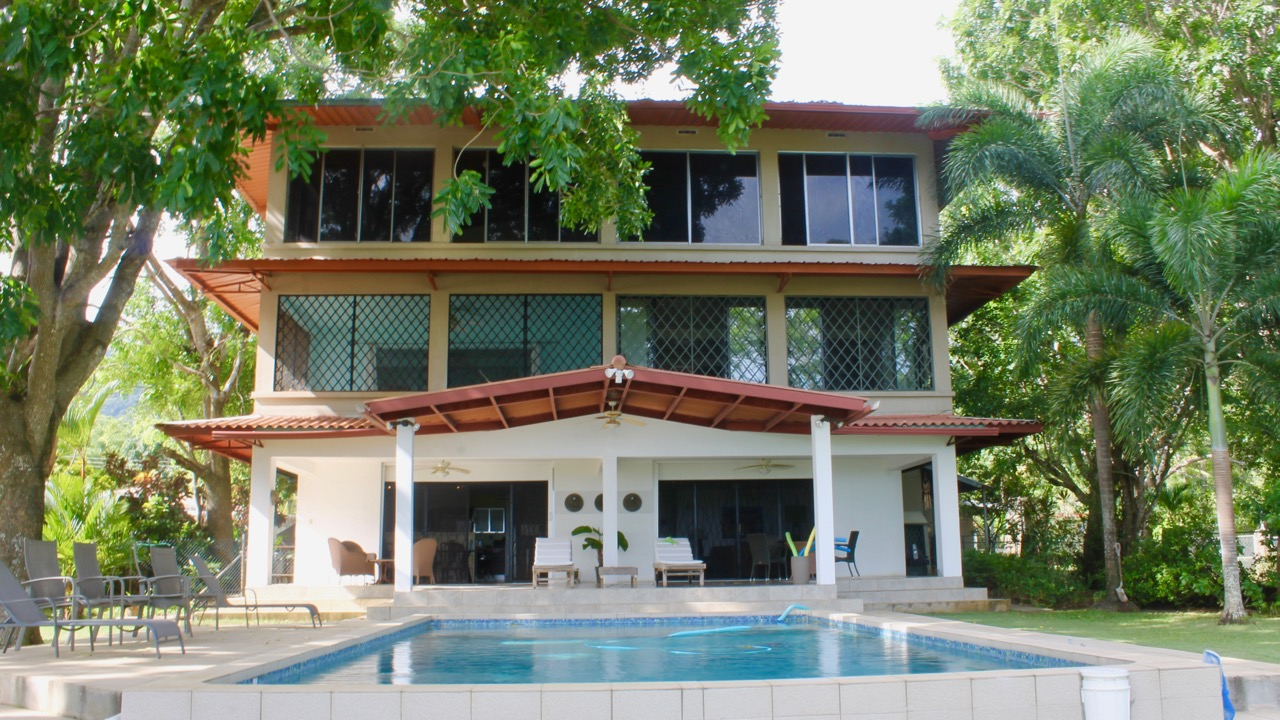 HIGH END HOME AND APARTMENT IN VERACRUZ
