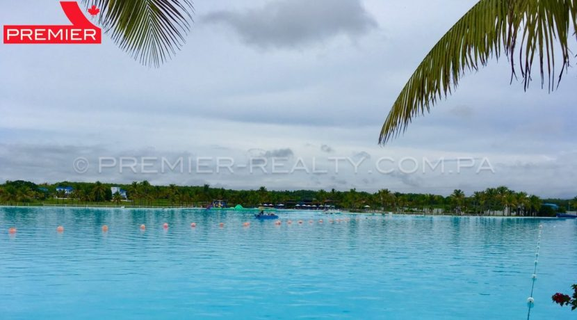 Lagoon pool Playa Blanca - 1 panama real estate
