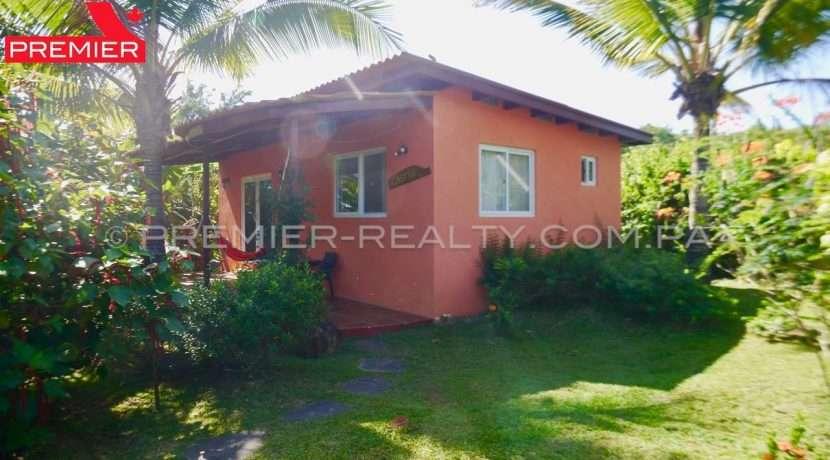 H1812-111 - 44 panama real estate