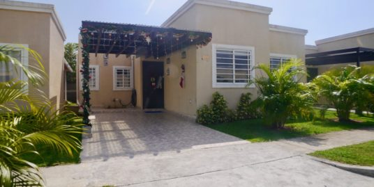 ADORABLE HOUSE IN CORONADO COMPLEX