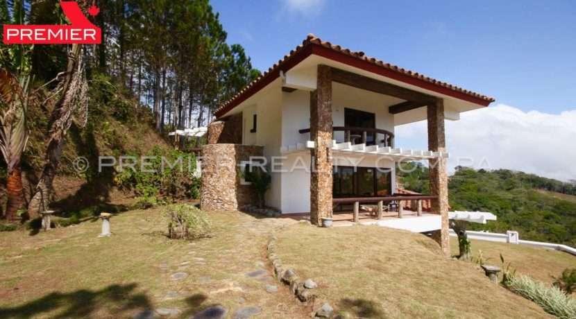 C1902-021 - 14 panama real estate