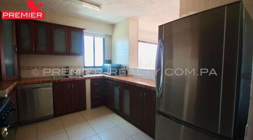 C1902-021 - 26 panama real estate