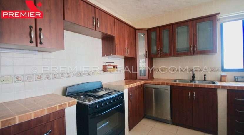 C1902-021 - 27 panama real estate