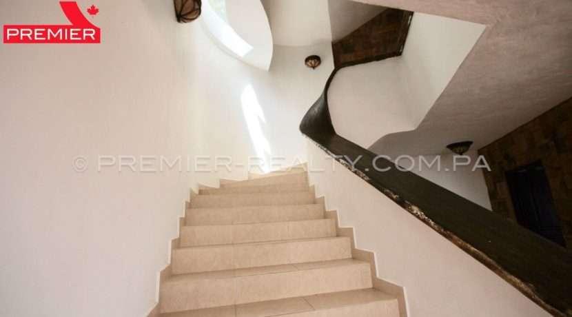 C1902-021 - 39 panama real estate