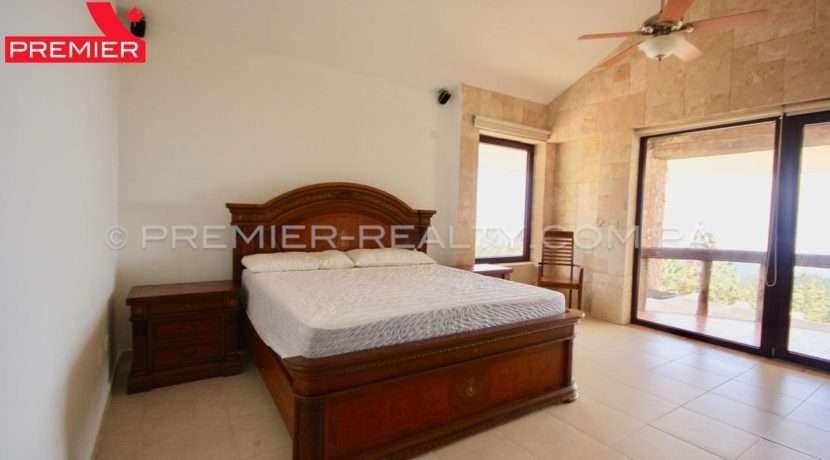 C1902-021 - 54 panama real estate