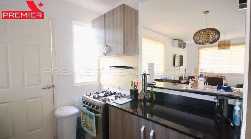 C1902-151 - 10 panama real estate