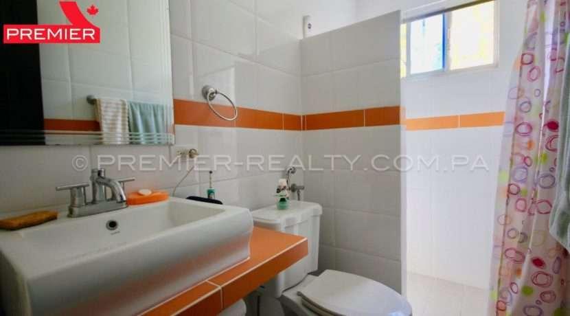 C1903-111 - 19 panama real estate