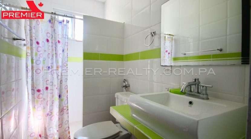 C1903-111 - 22 panama real estate