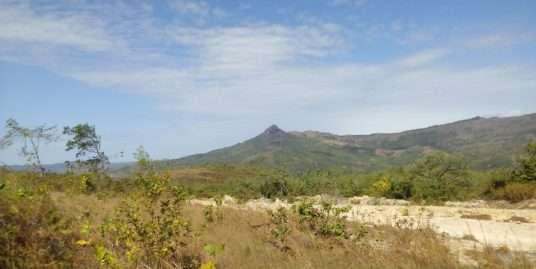 SPECTACULAR MOUNTAIN LAND IN CALOBRE