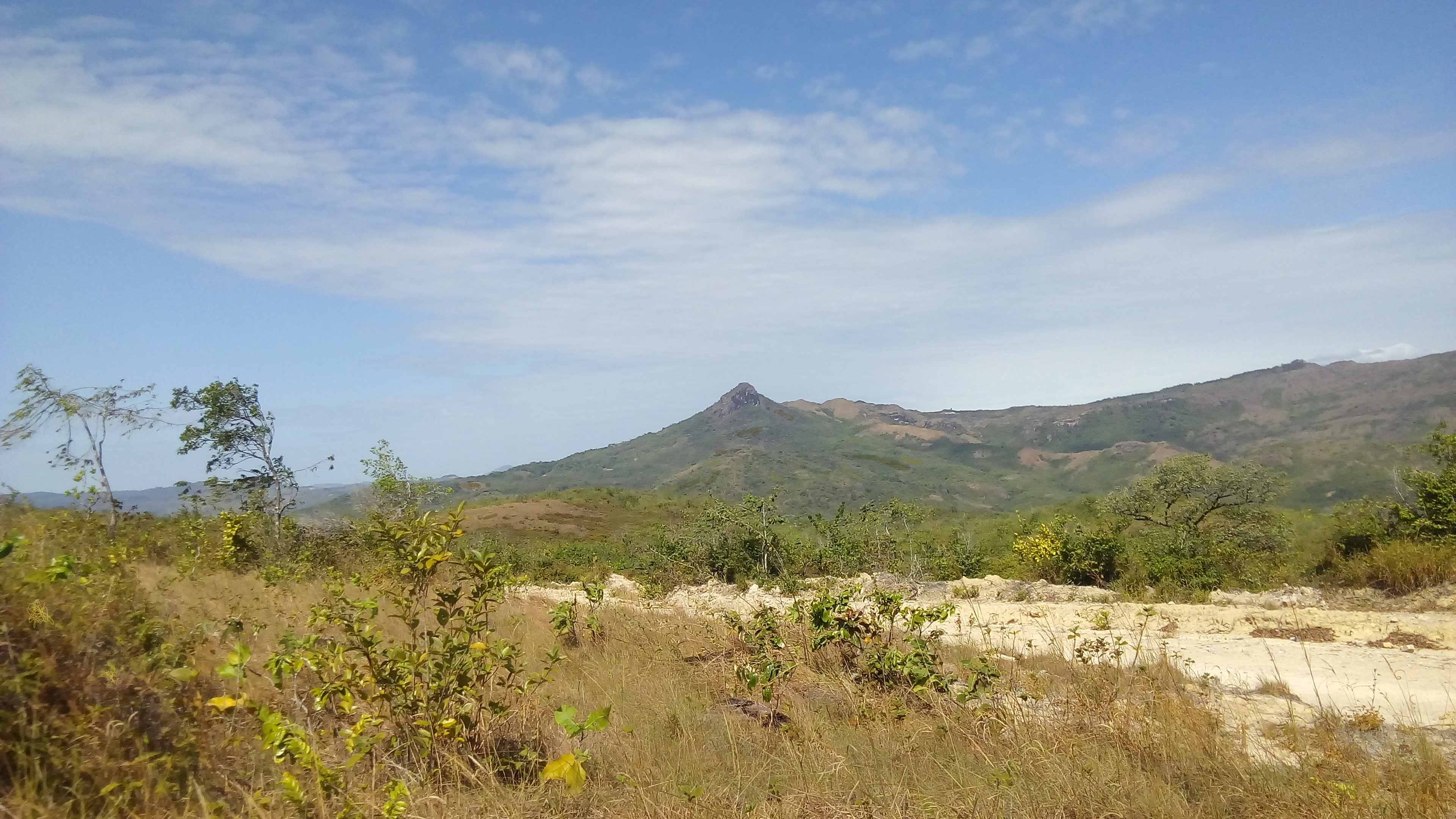SPECTACULAR LAND IN THE MOUNTAINS OF CALOBRE