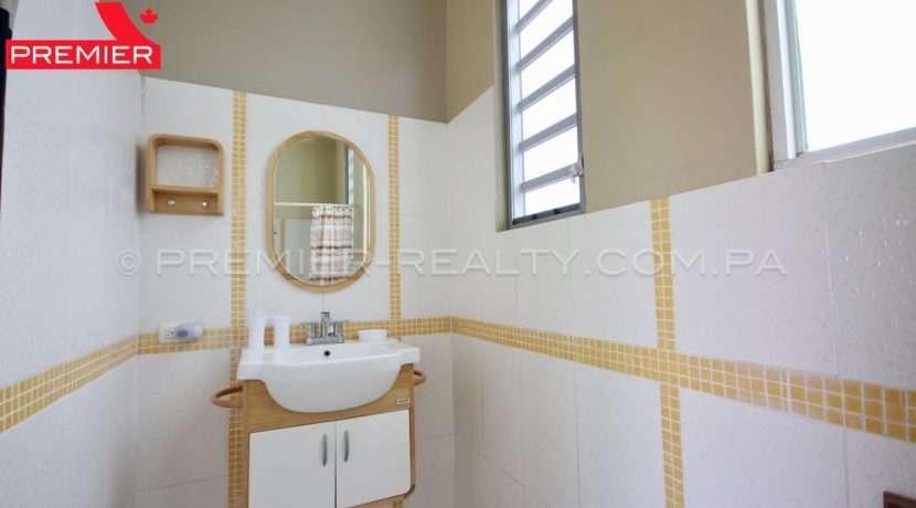 C1904-061 - 28 panama real estate