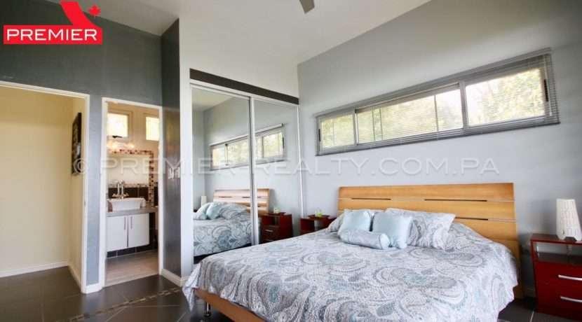 C1904-061 - 63 panama real estate