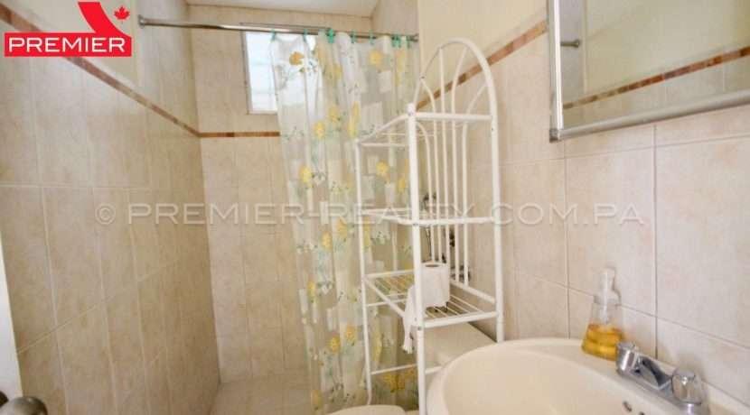 C1904-101 - 11 panama real estate