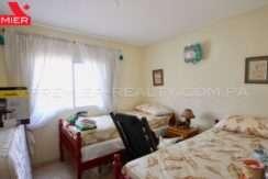 C1904-101 - 12 panama real estate