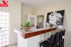 C1904-101 - 22 panama real estate