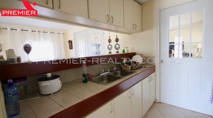C1904-101 - 9 panama real estate