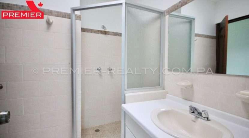 C1905-152 - 14 panama real estate