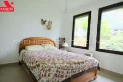 C1905-152 - 16 panama real estate