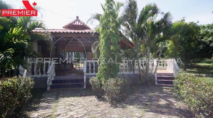 C1906-081 - 11 panama real estate