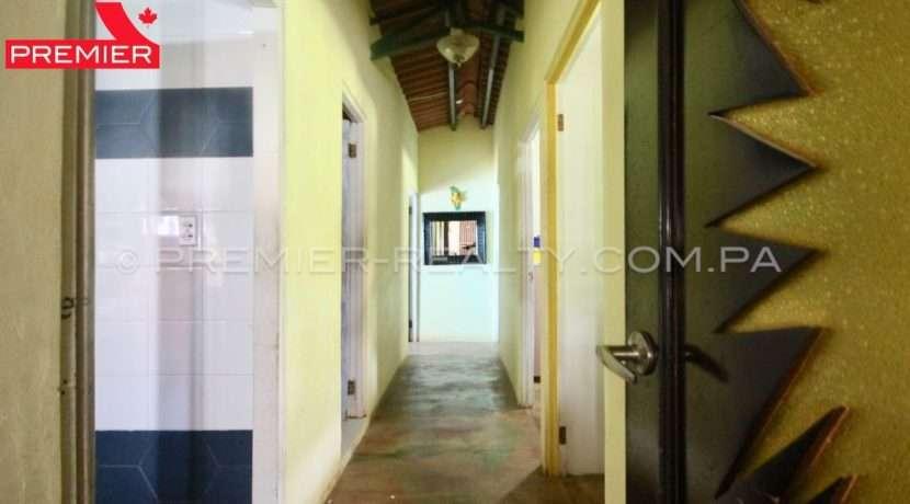 C1906-081 - 40 panama real estate