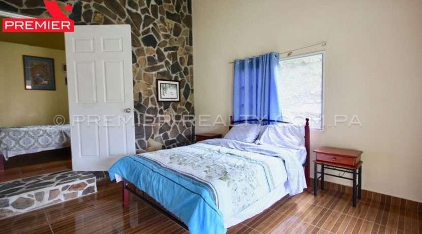 C1906-271 - 21 panama real estate
