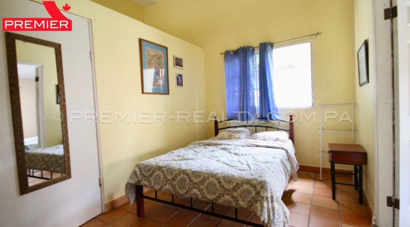 C1906-271 - 23 panama real estate