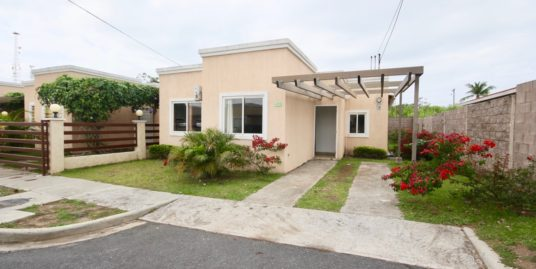 PLEASANT HOUSE WITH 3 BEDROOMS AT « PARADISE VILLAGE »