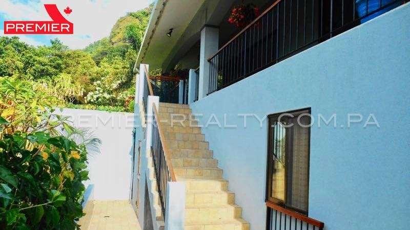C1712-211 - 30 panama real estate