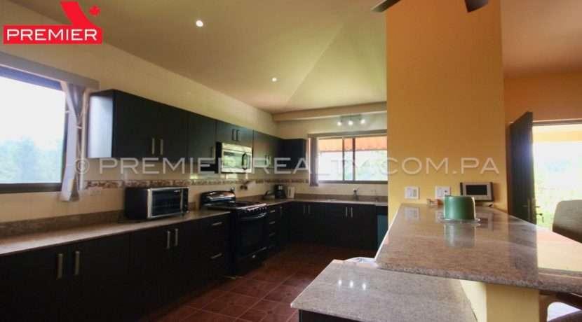 C1908-221 - 17 panama real estate