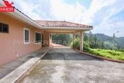 C1908-221 - 4 panama real estate