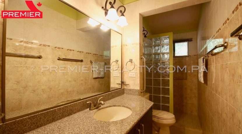C1908-221 - 44 panama real estate